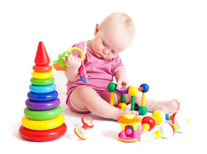 Игрушки на 7 месяцев своими руками