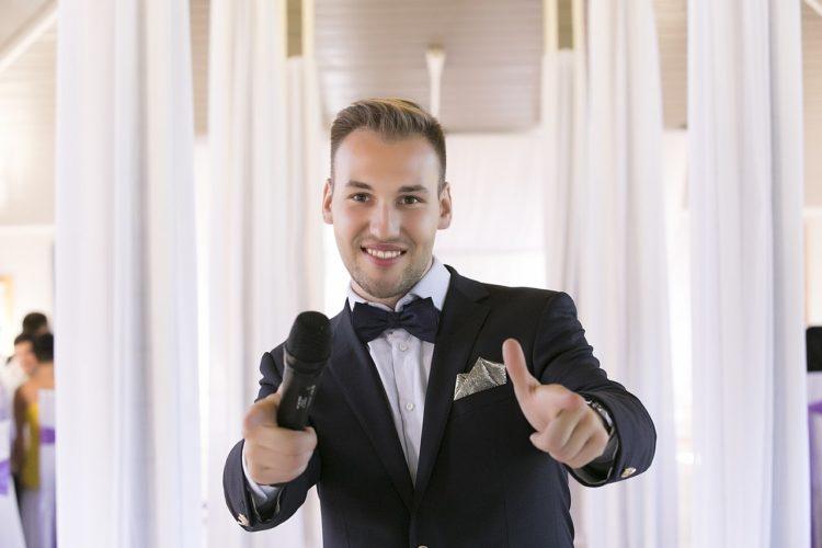 Тамада на свадьбу. Советы по поиску свадебного ведущего