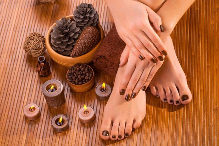 Балуем ножки шоколадным педикюром