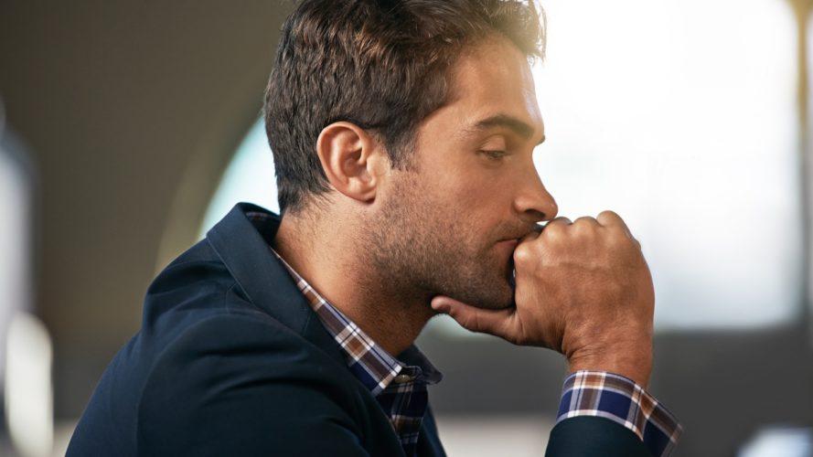 Почему мужчина молчит