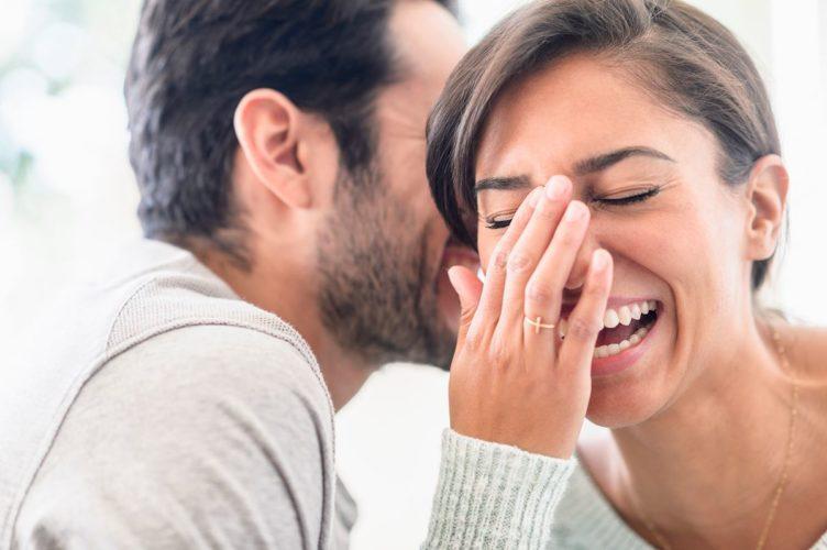Роль юмора в отношениях