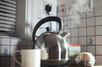 Чем чистить чайник от накипи