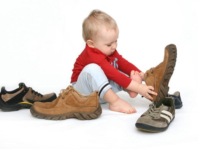 Какой должна быть первая обувь