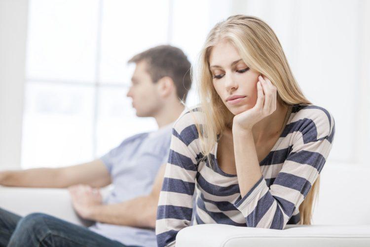 Почему женщина терпит