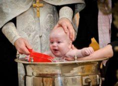 Крестить девочку