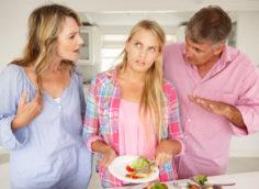 родителями мужа или жены